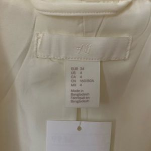 H&M Jackets & Coats - White fitted blazer